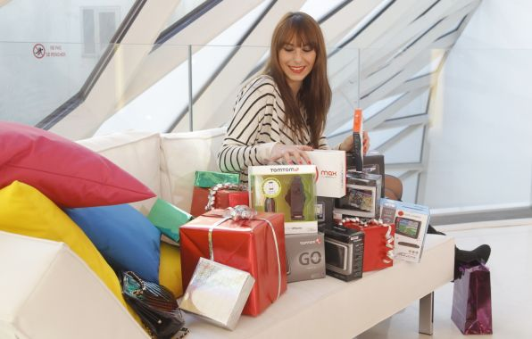 Idées cadeaux : 12 produits pour un Noël high-tech